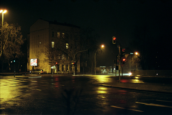 Berlin at night, by Anja Schaffner