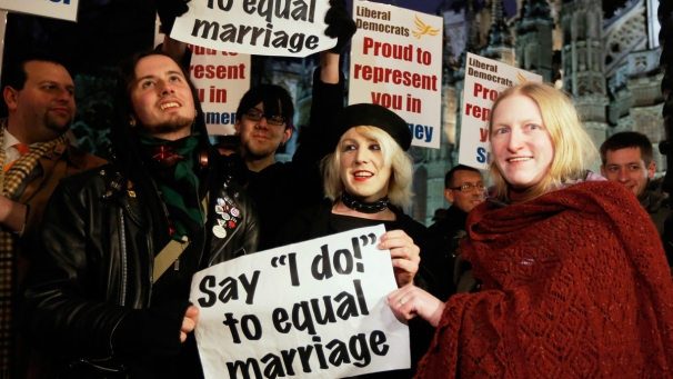 img_606X341_0502-uk-gay-marriage-vote